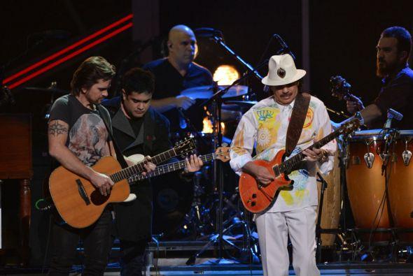 Santana at Xfinity Center