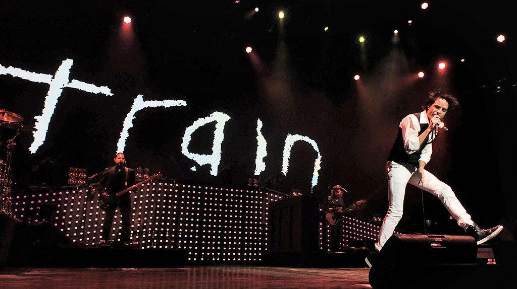 Train, Goo Goo Dolls & Allen Stone at Xfinity Center